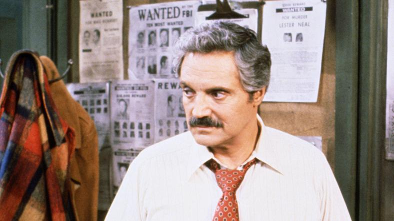Barney miller sony pictures museum for Barney miller fish